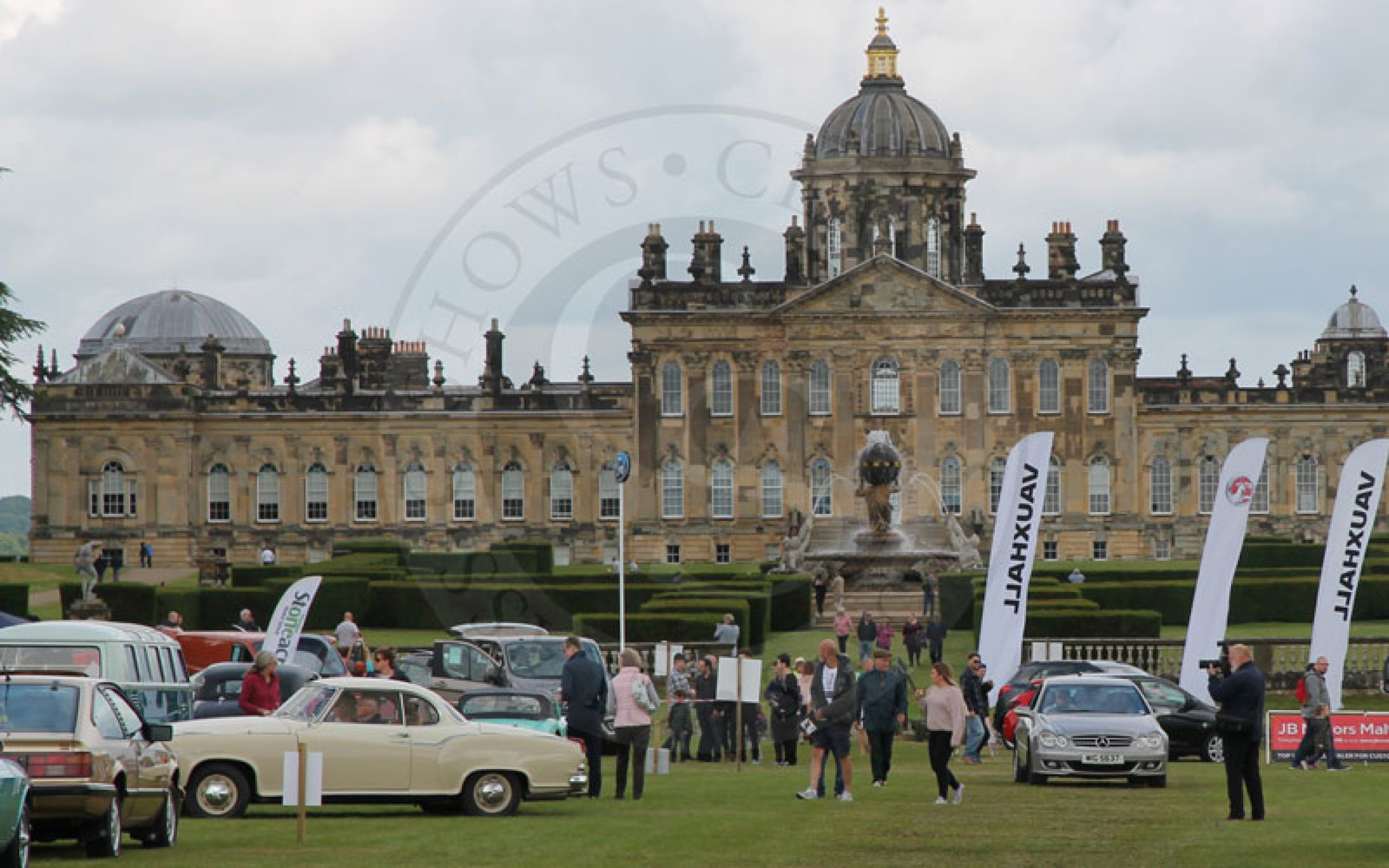 Fathers-Day-Classic-Car-Motor-Show-Castle-Howard-17-June-2018-Gallery-19T (1).jpg